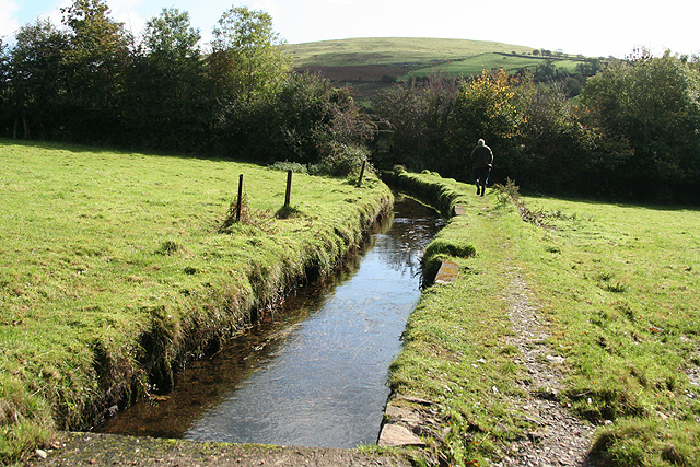 Mary Tavy, Hillbridge leat